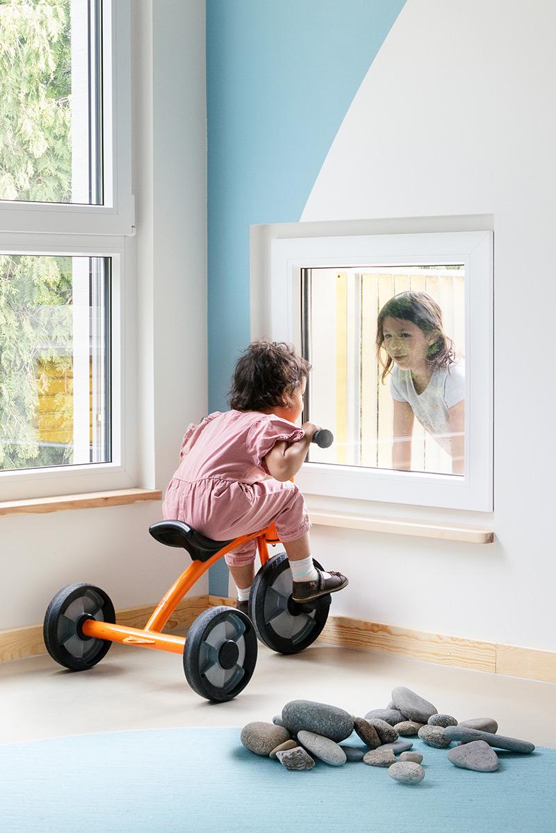 baukind Kita KiKu Kinderland in Berlin Mahlsdorf Innenfenster